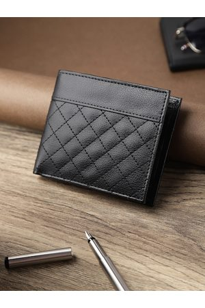 Highlander Men Black Quilted Two Fold Wallet
