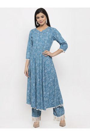 Aujjessa Women Blue & White Floral Printed Kurta with Trousers