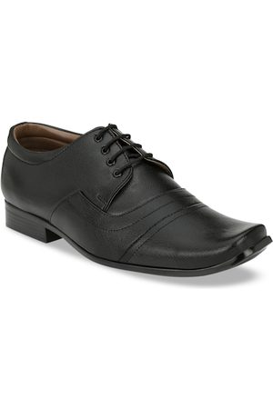 Sir Corbett Men Black Solid Formal Derbys