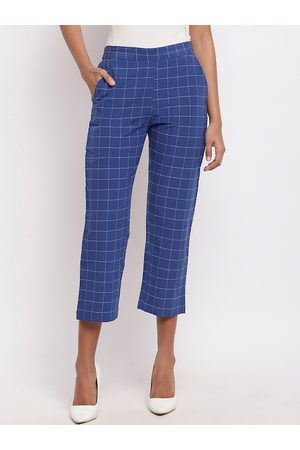 FABNEST Women Blue & Grey Relaxed Straight Leg Regular Fit Checked Cropped Trousers