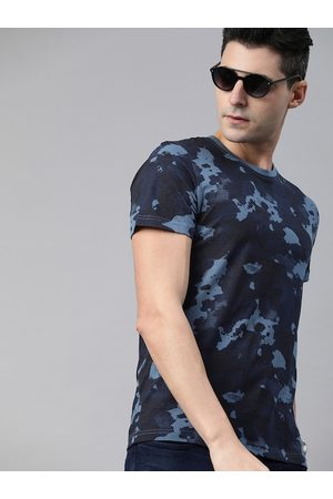 WROGN Men Blue Slim Fit Abstract Printed Round Neck T-shirt