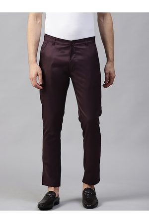 DENNISON Men Burgundy Smart Tapered Fit Solid Chinos