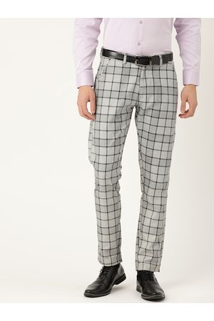 SOJANYA Men White & Black Smart Fit Checked Formal Trousers