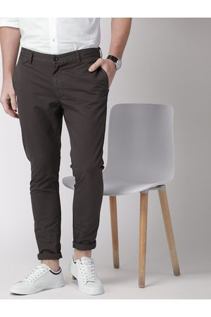 Invictus Men Coffee Brown Slim Fit Solid Chinos