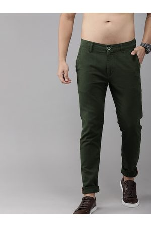Roadster Men Chinos - Men Olive Green Slim Fit Solid Chinos