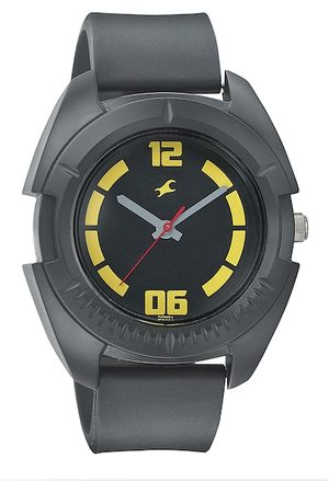 Fastrack Men Black Dial Watch 3116PP03