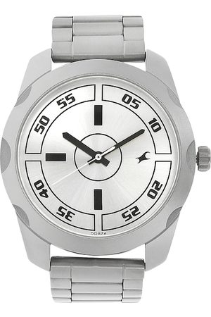 Fastrack Men Off-White Analogue Watch NM3123SM02