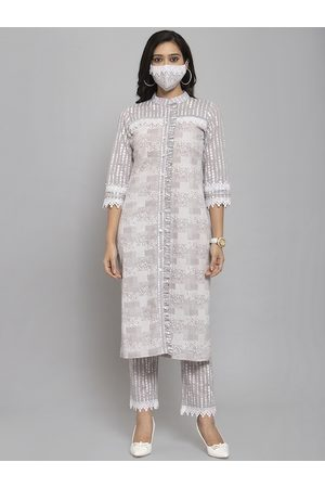 Get Glamr Women Grey & White Printed Kurta with Trousers