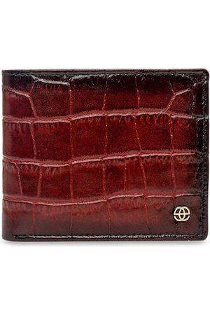 Eske Men Burgundy Textured Leather Two Fold Wallet