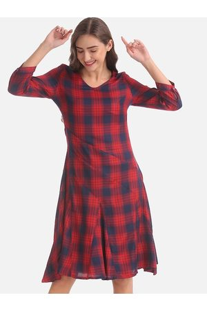 Cherokee Women Red Checked A-Line Dress