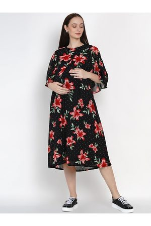 Mine4Nine Women Black & Red Floral Print Maternity Dress