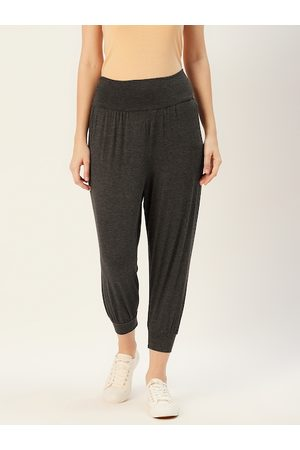 Sera Women Charcoal Grey Solid Cropped Joggers