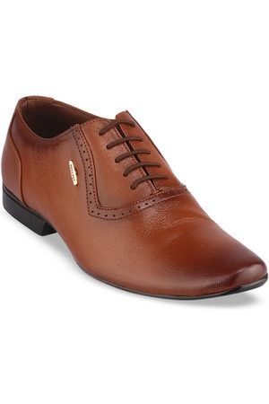 Red Chief Men Tan Brown Solid Leather Formal Oxfords