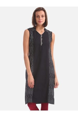 Karigari Women Black & Off-White Printed A-Line Kurta