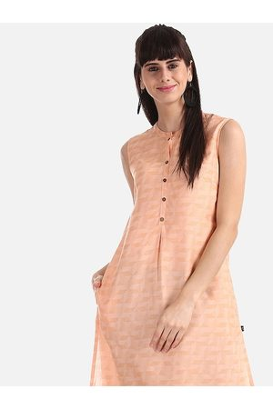 Karigari Women Peach-Coloured Printed A-Line Kurta