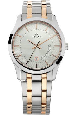 Titan Men Silver-Toned Analogue Watch NM1823KM01