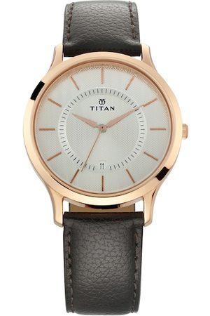 Titan Men Silver-Toned Analogue Watch NM1825WL01
