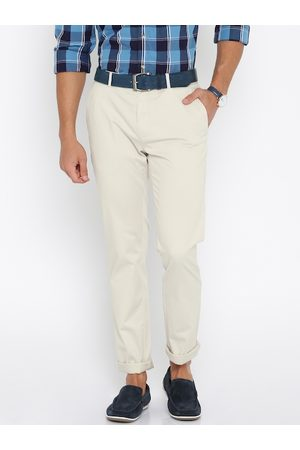 Lifestyle Men Beige Solid Slim Fit Chinos