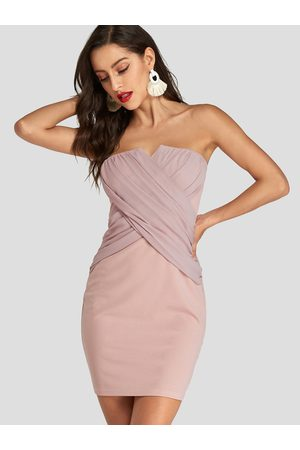 YOINS Strapless Pleated Crossed Front Design Dress