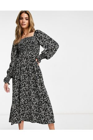 Missguided Long sleeve midi dress with shirred bust in ditsy floral