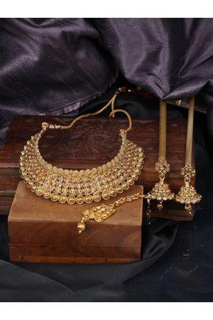 ANIKAS CREATION Gold-Plated & Yellow Kundan Studded Handcrafted Traditional Choker Jewellery Set