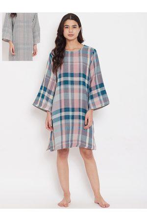 The Kaftan Company Women Multicoloured Checked Reversible Sleep Shirt