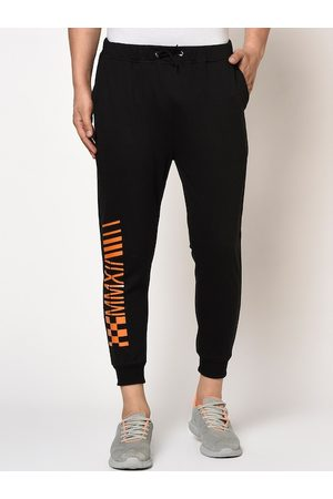 Rigo Men Black & Orange Printed Regular-Fit Joggers