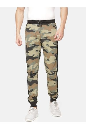Chennis Men Olive Green & Brown Camouflage Print Joggers