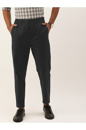 Calvin Klein Men Black Slim Fit Solid Chinos