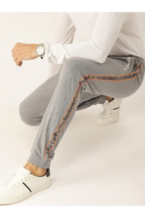 SINGLE Men Grey Slim Fit Solid Joggers with Side Printed Detail