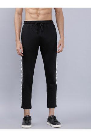 Highlander Men Black Solid Slim Fit Track Pants