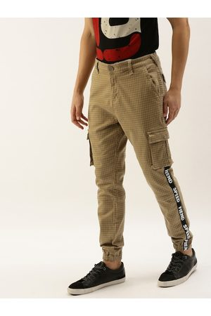 Moda Rapido Men Camel Brown Regular Fit Checked Joggers with Side Taping
