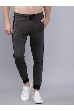 The Indian Garage Co Men Grey Solid Slim-Fit Joggers