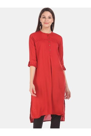 Karigari Women Red Woven Design Straight Kurta