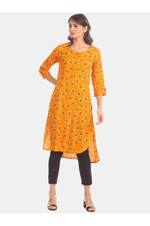 Karigari Women Yellow Printed A-Line Kurta