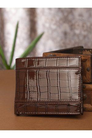 Highlander Men Coffee Brown Croc Textured Two Fold Wallet