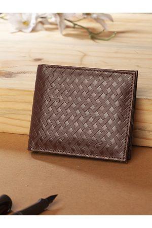 Highlander Men Brown Basketweave Textured Two Fold Wallet