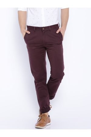 SUITLTD Men Maroon Slim Fit Solid Chinos