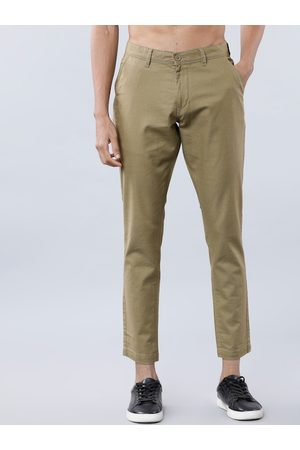 Highlander Men Olive Green Slim Fit Solid Chinos