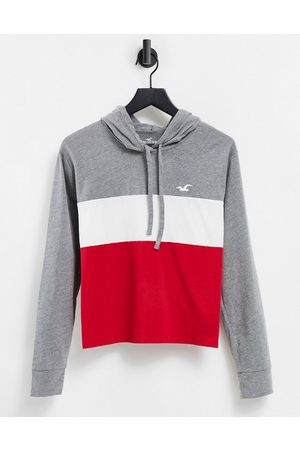 Hollister Hoodie front logo