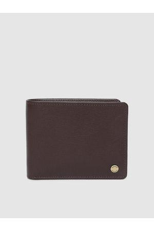 Hidesign Men Brown Textured Two Fold Wallet