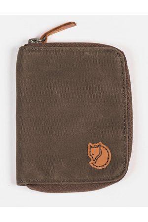 Fjällräven Wallets - Fjallraven Zip Wallet - Dark Olive Colour: Dark Olive
