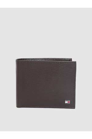 Tommy Hilfiger Men Brown Solid Genuine Leather Two Fold Wallet
