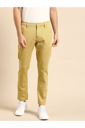 Ether Men Green Regular Fit Solid Chinos