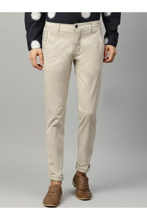 Lindbergh Men Beige Slim Fit Solid Regular Trousers