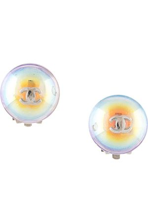 CHANEL 1999 CC button clip-on earrings