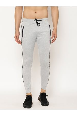 SAPPER Men Grey Solid Slim Fit Track Pants