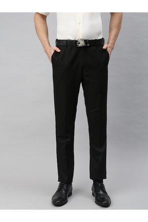 Arrow Men Black Tapered Fit Solid Formal Trousers