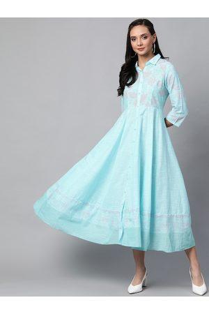 Rangriti Women Blue & Pink Floral Print Midi A-Line Dress