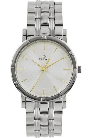 Titan Men Silver Toned Dial Watch NF1639SM01